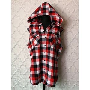 Urban Heritage Buffalo Plaid Hooded Flannel Vest